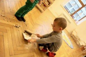 dietkatko po sebe upratuje fazulky skolka ruzinov montessori aktivity